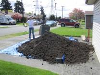 4 cubic yards of fresh soil